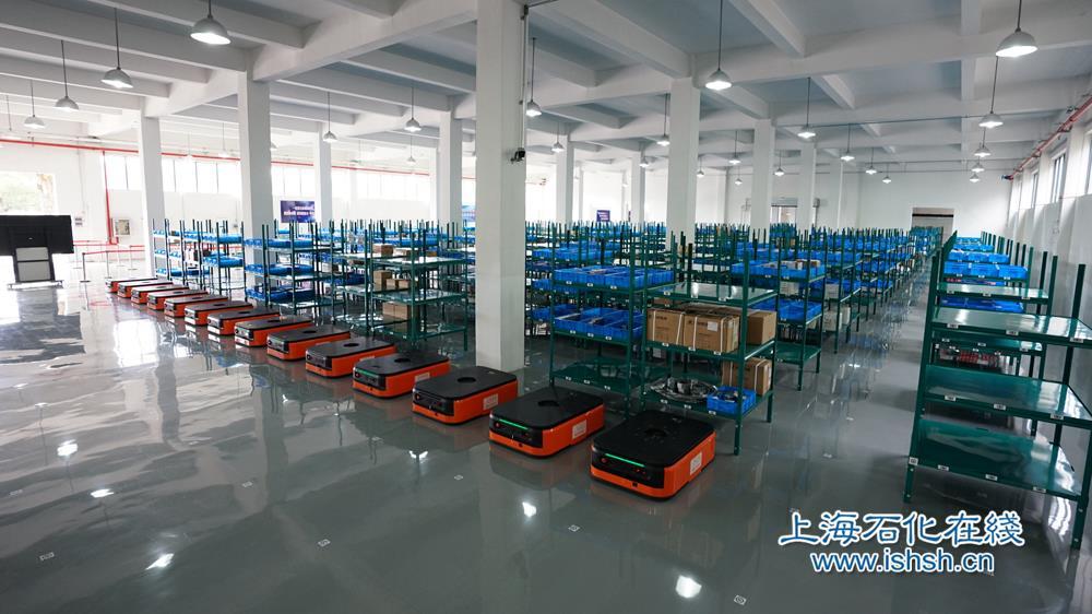 上海石化智能仓储项目上线运行